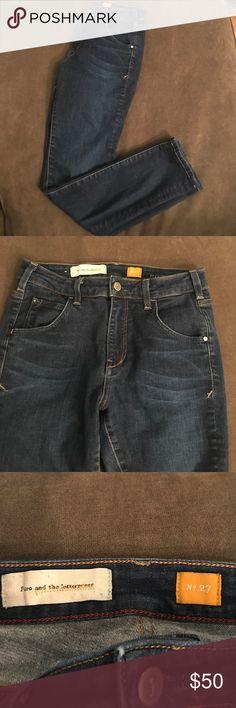 pilcro superscript high rise ankle jeans pilcro superscript high rise ankle jeans purchased from Anthropologie Anthropologie Jeans Ankle & Cropped