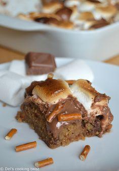 Peanut butter & pretzel S'mores Cookie Bars - this looks amazing!