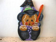 "HP Gingerbread Halloween ""witch""  Shelf Sitter hand painted USA"
