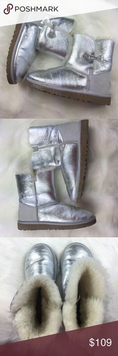 UGG ❤ METALLIC SILVER GREY FOIL GLITTER BOOTS, 6 GORGEOUS!  Great preowned condition!  Light wear.  You will LOVE! ❤❤❤ AX203Z17P UGG Shoes Winter & Rain Boots