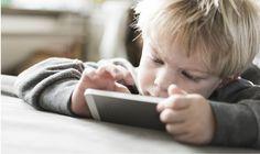 10 claves sencillas para desenganchar a un niño pequeño del móvil o tablet  Sin embargo, ta