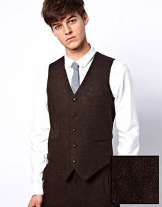 Browse online for the newest ASOS Slim Fit Suit Jacket in Brown Herringbone styles. Shop easier with ASOS' multiple payments and return options (Ts&Cs apply). Fashion Clothes Online, Latest Clothes, Asos Men, Workout Vest, Nice Dresses, Cool Style, Suit Jacket, Street Style, Womens Fashion