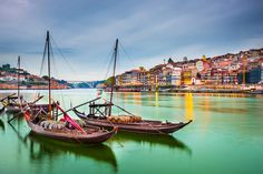 9 Sights not to miss in Portugal according to Clickstay 03-02-2017 | Portugal is the perfect holiday destination to enjoy colourful culture, fascinating history and breath-taking beaches. Here are some incredible photos of Portugal to inspire your next holiday... Photo: Porto