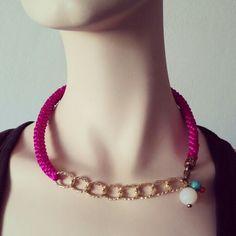 Collar Luvjan de seda con cuarzo, cristal y ceramica www.facebook.com/bycosmicgirl