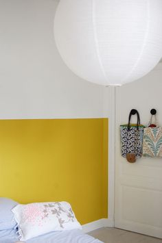 deco room wall yellow mr mrs clynk by charlottevcn Half Painted Walls, Half Walls, Home Bedroom, Bedroom Wall, Bedrooms, Yellow Headboard, Painted Headboard, Mustard Walls, Mustard Yellow