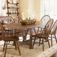 cute diningroom table