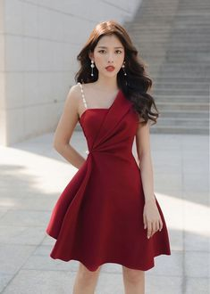 Stylish Dresses, Elegant Dresses, Pretty Dresses, Beautiful Dresses, Formal Dresses, Edgy Outfits, Classy Outfits, Girls Fashion Clothes, Fashion Dresses