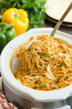 This Cheesy Crockpot Chicken Spaghetti is an easy crockpot chicken recipe for busy days! It's made healthier with no canned soups, chicken breast & veggies. Chicken Spaghetti Recipe Crockpot, Cheesy Crockpot Chicken, Chicken Spaghetti Recipes, Healthy Chicken Recipes, Chicken Casserole, Healthy Foods, 21 Day Fix, Healthy Crockpot Recipes, Beef Recipes