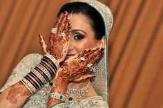 wonderful Henna Tattoo Weeding Makeup, Bridal Makeup, Makeup Studio, Mehndi Art, Body Painting, Best Makeup Products, Henna, Body Art, Tattoos