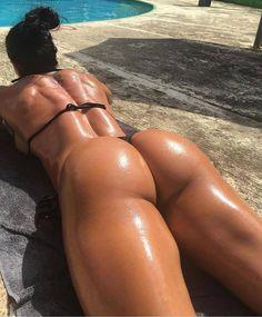 Fit Nude Girls - Naked girls with great bodies Imagination Fit - In shape girls that leave a little to the imagination Ana Cozar Hot Bikini, Bikini Girls, Bikini Babes, Bikini Swimwear, Swimsuits, Piercing Plug, Fit Women, Sexy Women, Mode Du Bikini