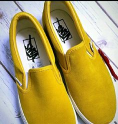 Vans Slip-On mustard yellow Canvas Classic Shoes sz 8.5 mens #VANS #Skateboarding
