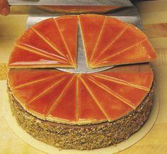 Dobos-torta háziasan Hungarian Desserts, Hungarian Recipes, Torte Cake, Cake Cookies, Easy Desserts, Cake Decorating, Diy And Crafts, Sweets, Baking