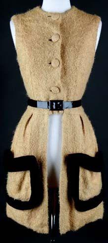60s fuzzy camel pouch pocket mod tunic mini dress. Fancy smancy.