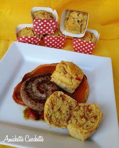 Muffin con peperoni rossi e salsiccia
