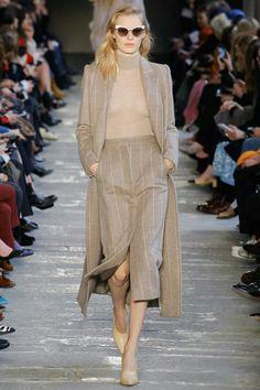 e5dba931e3cc Max Mara Autumn Winter 2017 Ready to wear Collection 2017 More  Dolce    Gabbana RTW Collection At Milan Fashion Week 2017