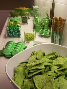 st pattys day table