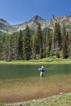 Fly Fishing the Rocky Mountains.. One of the great joys of fishing is the views !