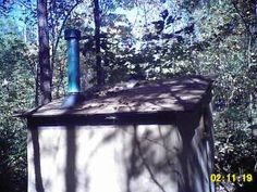 photo credit Razortape Homesteading - The Homestead Survival . Building An Outhouse, Building A House, Homestead Survival, Survival Skills, Mold Resistant Paint, Outdoor Baths, Old Fireplace, Natural Life, Diy Wood Projects