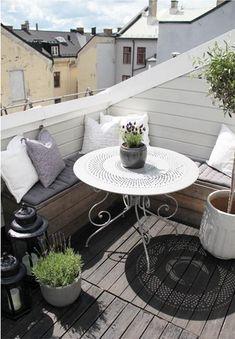 Tiny terrace da http://www.lushome.com/