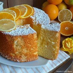 torta nuvola arancia e limone Torta Angel, Angel Cake, Torta Chiffon, Super Torte, American Cake, Plum Cake, Italian Desserts, Sweet Cakes, Sweets Recipes