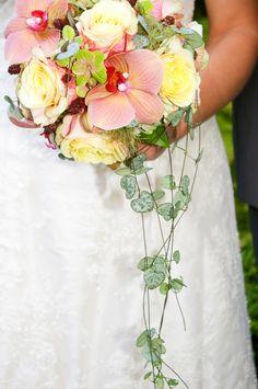 Floral Wreath, Bouquet, Wreaths, Table Decorations, Home Decor, Pictures, Flowers, Floral Crown, Decoration Home