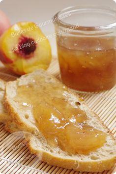CONFITURE DE PECHES AUX EPICES (1 kg 200 de pêches • 800 g de sucre • le jus d'un citron • 1 c à c de quatre épices) (AUTRE PARFUM : 3 bâtons de Cannelle, 1 étoile de Badiane, 5 gousses de Cardamome)