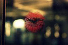Mogłabym milczeć i słuchać jak Twoje serce bije.