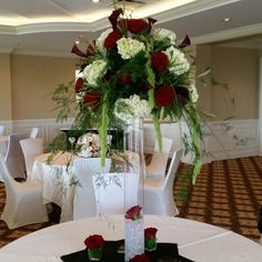 #Centerpiece of #redheartsroses ,calla lily and #hydrangea.   By #Artisticbloom.