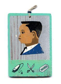 Peinture acrylique et monotype sur bois vieilli. Dans l'esprit des enseignes peintes africaines.  Œuvre originale et unique  Technique : acrylique, collage et monotype  Su - 10109859