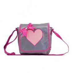 Deze Zebra Trends Kinder Flaptas Shiny Pink met glitterhart vind je op www.liefzebraatje.nl
