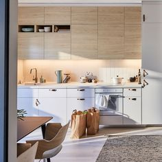 Do you know how to recycle at home? Tips to make it easy, fast and good - Decor Scan : The new way of thinking about your home and interior design Ikea Kitchen Design, Ikea Design, Best Kitchen Designs, Kitchen Storage, Kitchen Decor, Kitchen Ideas, Liatorp, Ikea Kitchen Inspiration, Sofa Cama Ikea