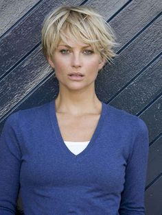 09 Awesome Messy Hairstyles for Short Hair