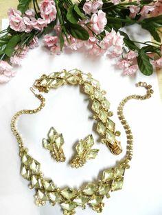 Show Stopping Juliana Jonquil Necklace Bracelet Earrings Parure