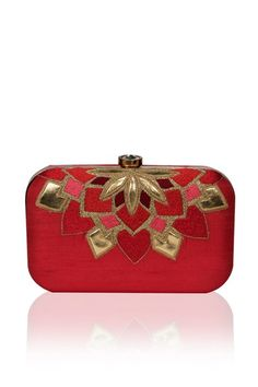 Online Shopping For Women Designer Clutches 8580cc98dddf6