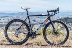 Low Bicycles MkII cyclocross race bike. ©️ Clifford Lee / Cyclocross Magazine