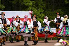 Polska Dancers II by jade-iris, via Flickr
