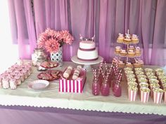 birthday party decorations 690176711633929687 - Super cute pink circus party – lots of great ideas here! Birthday Party For Teens, Circus Birthday, Pink Birthday, Sweet 16 Birthday, 16th Birthday, Birthday Party Themes, Sunshine Birthday, Turtle Birthday, Turtle Party
