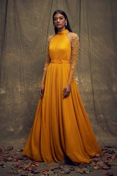 Buy beautiful Designer fully custom made bridal lehenga choli and party wear lehenga choli on Beautiful Latest Designs available in all comfortable price range.Buy Designer Collection Online : Call/ WhatsApp us on : Designer Party Wear Dresses, Indian Designer Outfits, Designer Gowns, Indian Fashion Trends, Fashion Ideas, Mode Bollywood, Bollywood Fashion, Indian Wedding Outfits, Indian Outfits