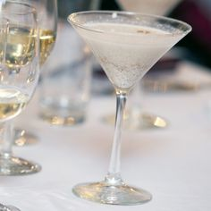 Try This Eggnog Cocktail With a Healthy Twist Nothing says holiday happy hour like a classic eggnog cocktail. While this thick and frothy drink may be a holiday tradition in some parts of the world, its Eggnog Cocktail, Cocktail Recipes, Bravo Top Chef, Warm Cocktails, Nonfat Greek Yogurt, Eggnog Recipe, Healthy Living Magazine, Chef Recipes, Copycat Recipes