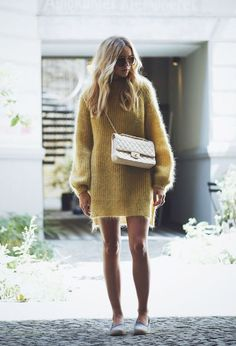 These cute fall dresses will have you looking fantastic this autumn! These are some of our favourite looks for when the weather gets colder! Sweater Dress Outfit, Knit Dress, Sweater Dresses, Dress Ootd, Nina Suess, Fall Dresses, Fall Outfits, Preppy Outfits, Dresses Dresses