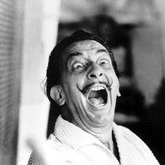 """Когда меня спрашивают, какая разница между полотном Веласкеса и хорошей фотографией, я отвечаю: """"7 млн долл"""". С. Дали  Дали http://to-name.ru/biography/salvador-dali.htm"""