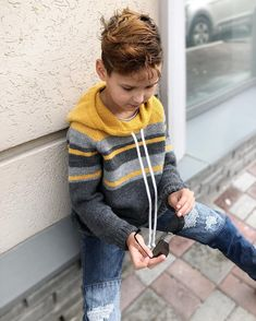Image may contain: one or more people, child and closeup Kids Knitting Patterns, Knitting For Kids, Baby Knitting, Cotton Sweater, Men Sweater, Boys Sweaters, Crochet Fashion, Stripes Design, Crochet Clothes