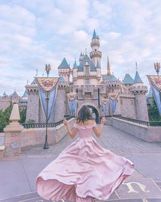 It's not everyday that you get early access to your favorite amusement park, but today was that day. Loved seeing Disneyland before all of… Walt Disney, Disney Trips, Disney Magic, Disney Parks, Disney World Outfits, Disney World Pictures, Cute Disney Pictures, Disneyland, Disney World Castle