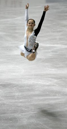 I love watching ice skating.Please check out my website thanks. www.photopix.co.nz