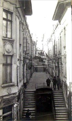 Time Travel, Places To Travel, Bucharest, Old City, Old Photos, City Photo, Nostalgia, Buildings, Traveling