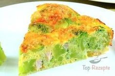 Herzhafte FITNESS Brokkoli-Torte ohne Mehl A healthy hearty cake without flour. Broccoli and cauliflower are the basis of this recipe. Low Carb Quiche, Low Carb Pizza, Healthy Vegetable Recipes, Healthy Vegetables, Clean Recipes, Raw Food Recipes, Fodmap Recipes, Easy Meals, Food And Drink