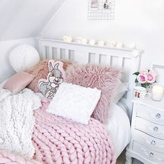 Cosy bedroom vibes