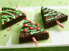 Holiday Tree Brownies - so easy and cute for a party