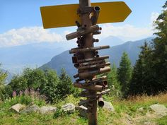Someone In Switzerland Made This Mountain Finder Device And It's Brilliant | Bored Panda