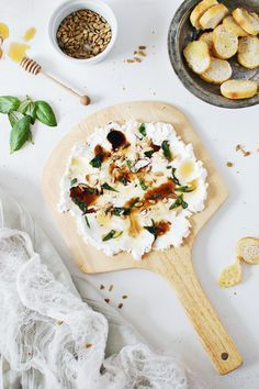 By guest food contributor Abbey of The Butter Half Got a party to throw and looking for an amazing appetizer? This goat cheese and basil dip is delicious and elegant, and you can bet on guests comin Tapas, Best Appetizers, Appetizer Recipes, Dip Recipes, Simple Appetizers, Honey Recipes, Greek Recipes, Cheese Recipes, Salmon Recipes